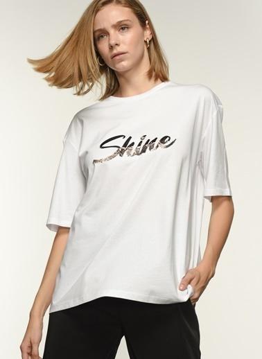 NGSTYLE Ngkaw21Ts0011 Payet Nakışlı Oversize Tshirt Beyaz